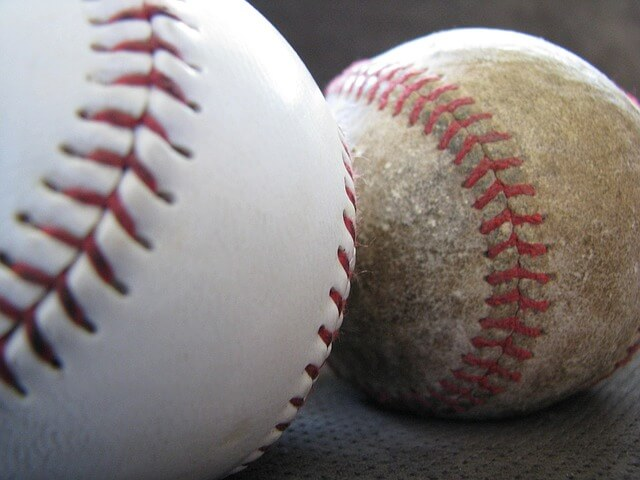 softball-1389318_640