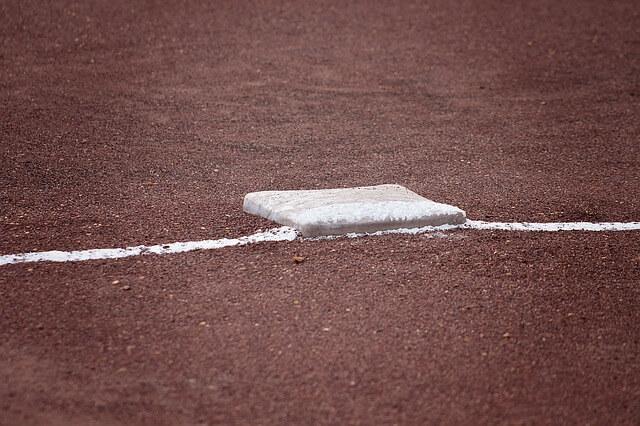 softball-1385213_640