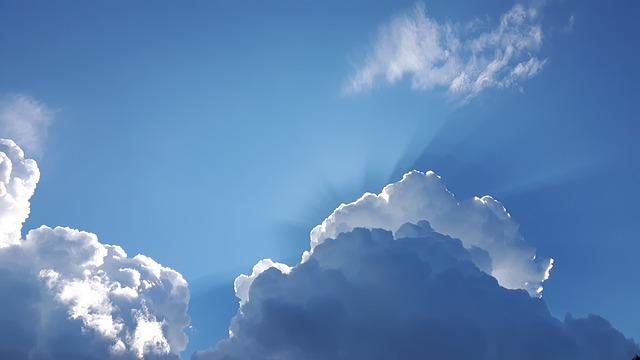 sky-2200936_640